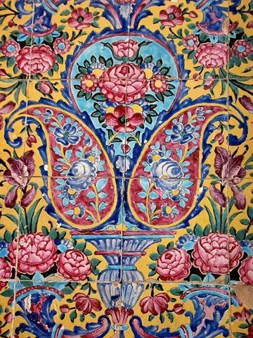 هنر کاشی هفت رنگ شیراز ثبت ملی می گردد